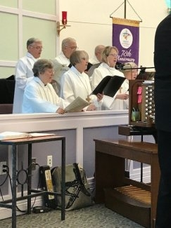 Chancel Choir at Traditional Worship